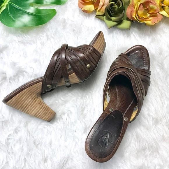 5ce863532c16 Frye Shoes - Frye Reese Brown Leather Multi Slide Sandal - 8